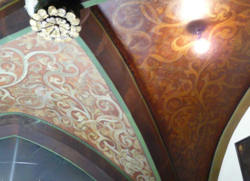 Brewery tavern Schlenkerla: Restoration of 1th century arched ...